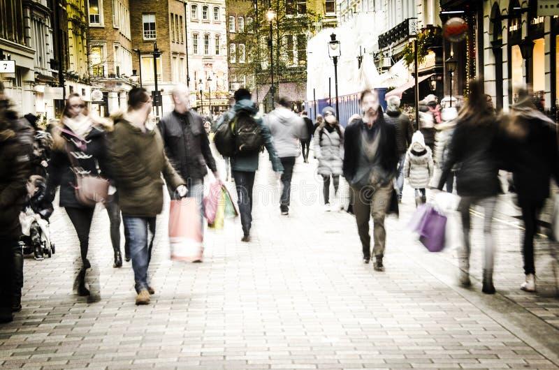 Londyńscy głowna ulica kupujący obraz royalty free