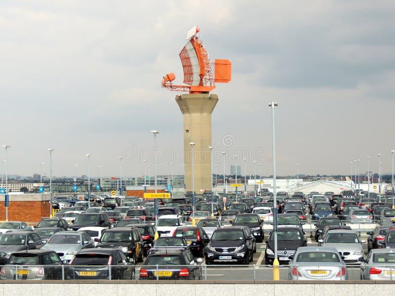 Londyński Heathrow radar w parking samochodowym obrazy royalty free