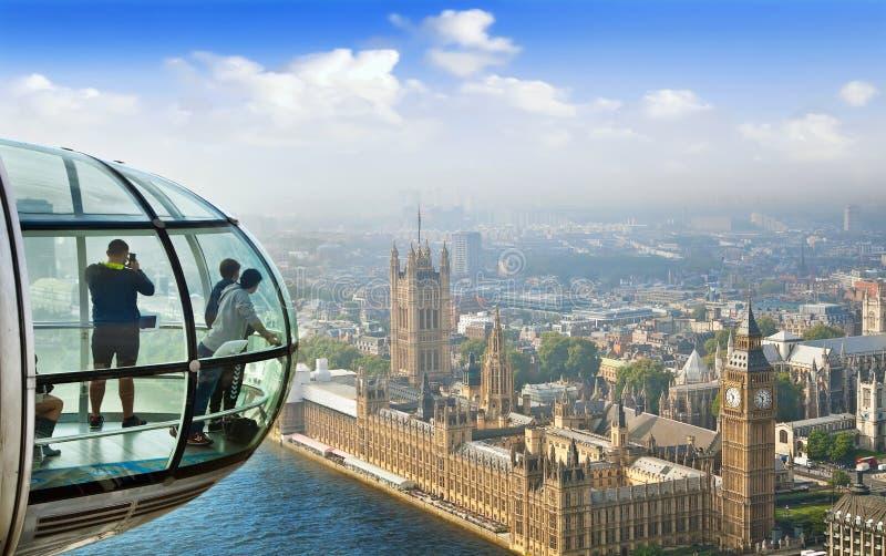 Londyński pejzaż miejski od Londyńskiego oka zdjęcia stock