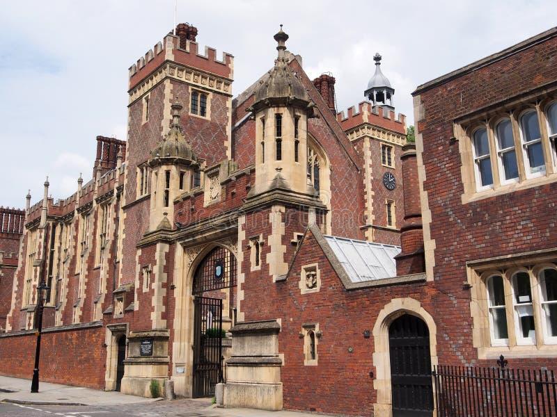 Londyn, austerie sąd zdjęcie royalty free