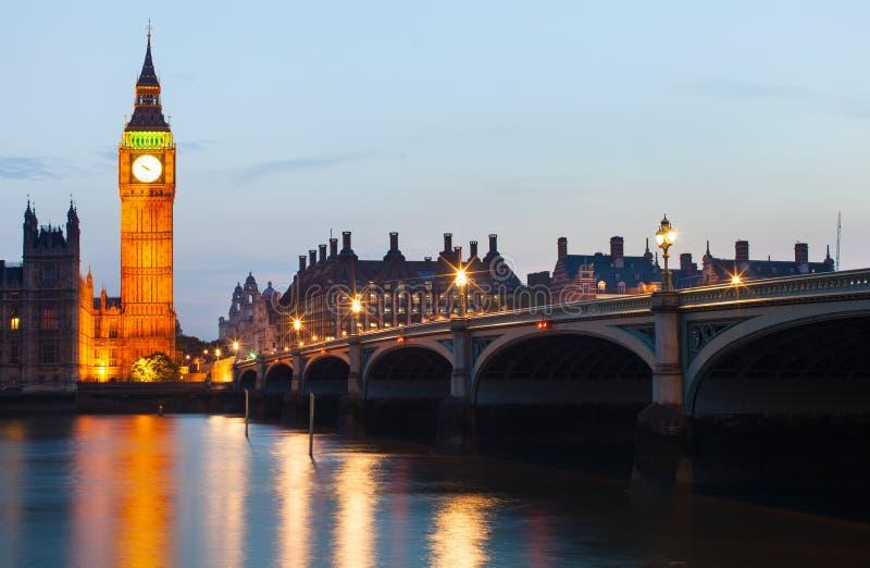 Londyn przy nocą obraz stock