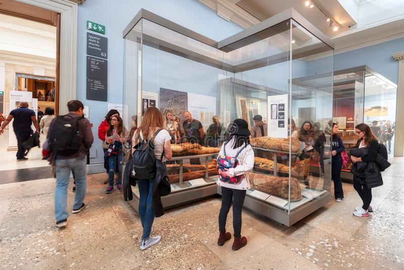 Londyn Zjednoczone Królestwo, Maj, - 13, 2019: British Museum, Londyn Hall Antyczny Egipt, artefakty, popiersia i statuy, zdjęcia royalty free