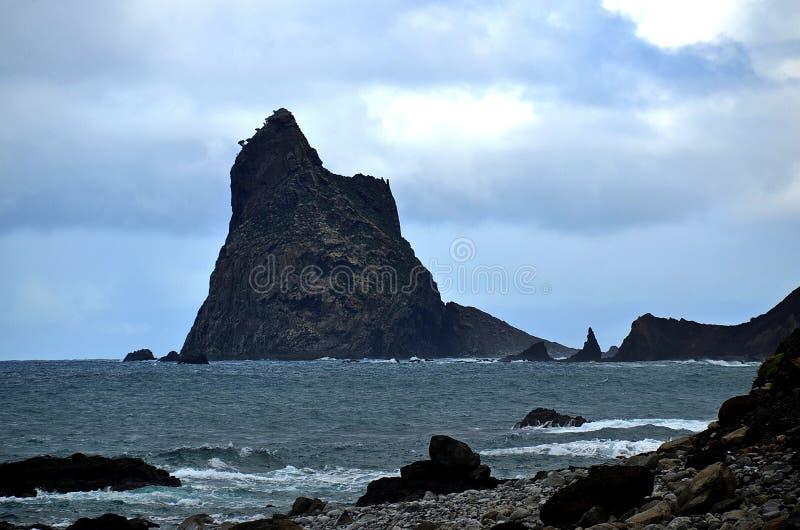 lone rock royaltyfria foton