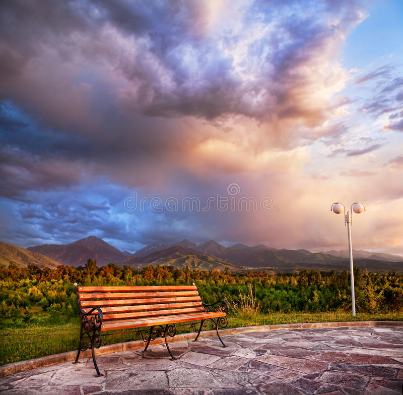 Free Lonely Bench And Mountains Royalty Free Stock Photo - 22424815