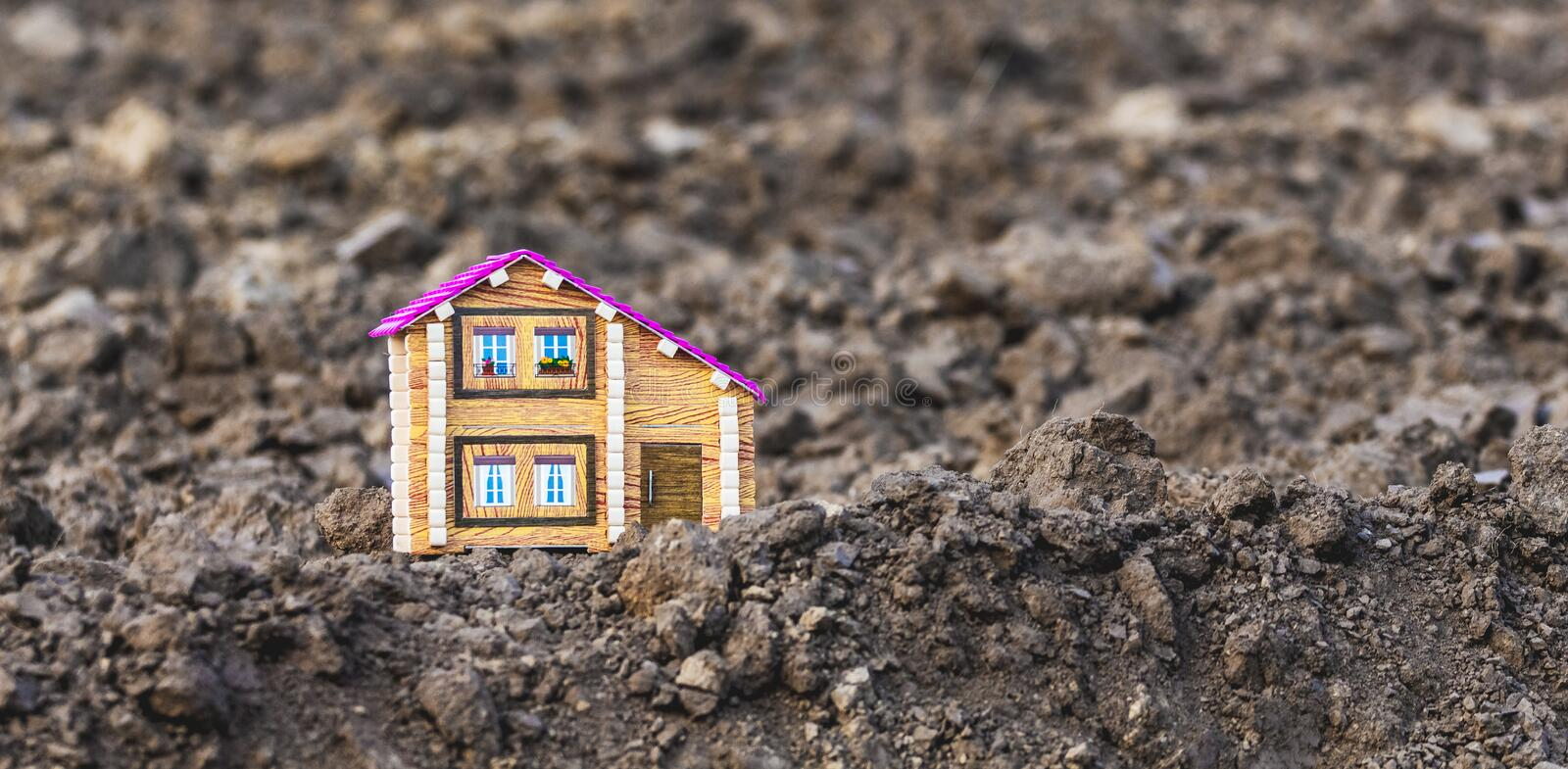 Lonely house in a field. Life outside of civilization. Development of new lands. The first new building_ stock image