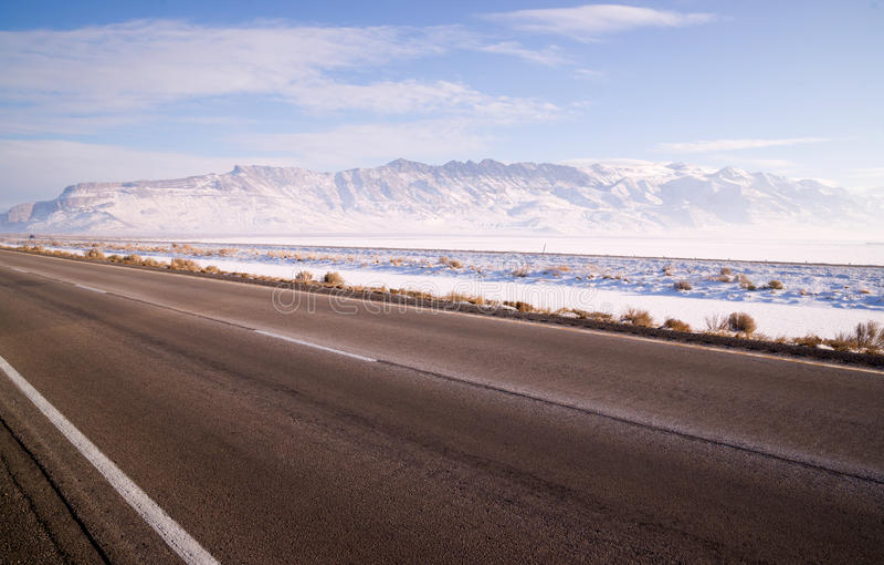 Download Lonesome Road Winter Freeze Utah Mountain Highway Salt Flats Stock Image - Image of landscape, remote: 39507411
