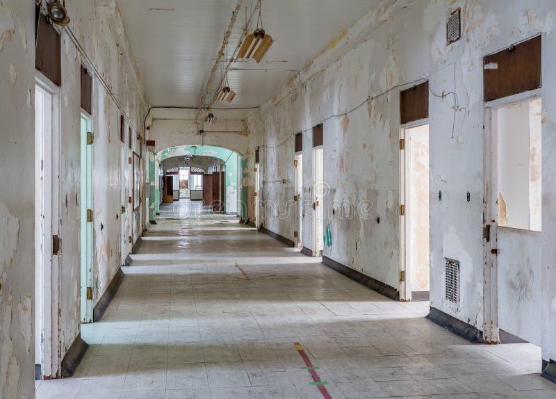 Long couloir à l'intérieur de l'asile transport-Allegheny fol image stock