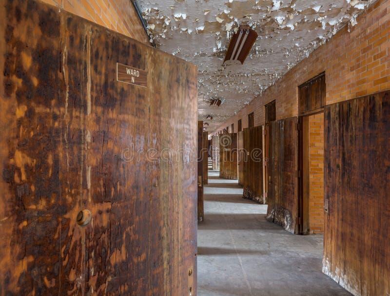 Long couloir à l'intérieur de l'asile transport-Allegheny fol photographie stock