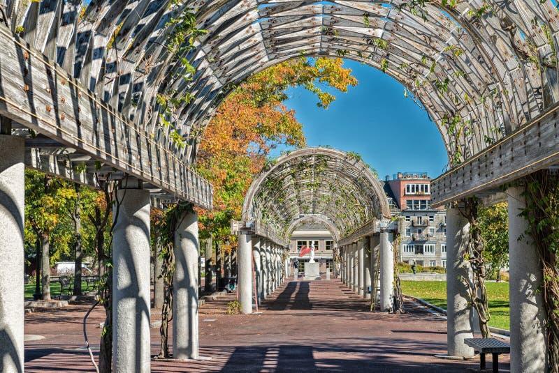 Long couloir chez Christopher Columbus Waterfront Park, Boston photos stock