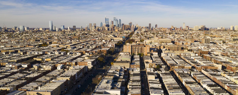 Long horizon urbain dense Philadelphie Pennsylvanie de voisinages de vue panoramique images libres de droits