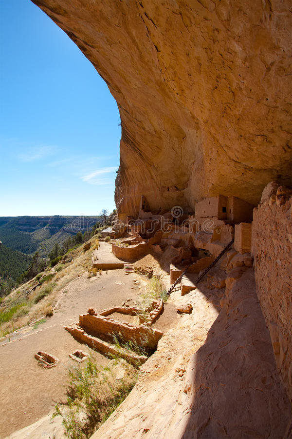Download Long House In Mesa Verde National Park, Colorado Stock Image - Image: 18087421