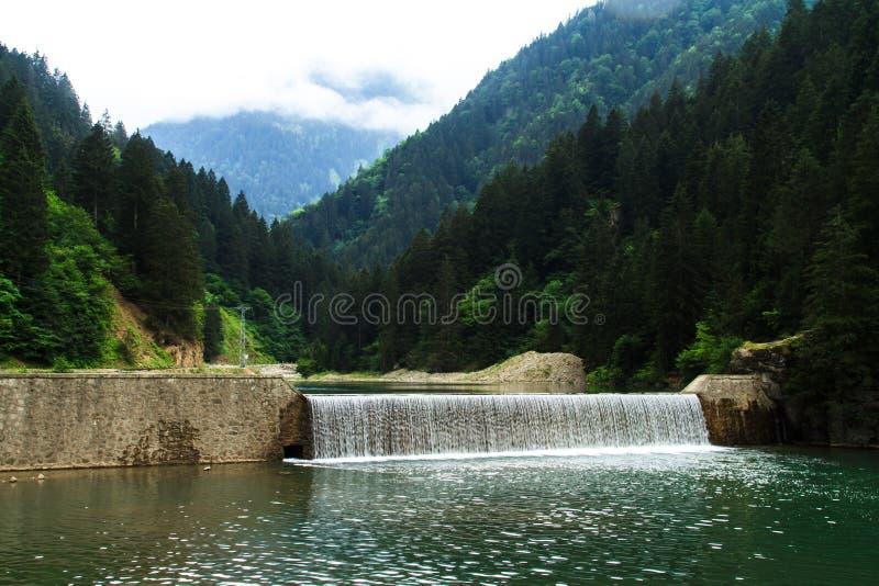 Long lac à Trabzon photo libre de droits