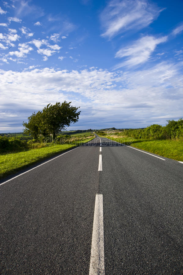Free Long Straight Road Royalty Free Stock Photography - 15256727