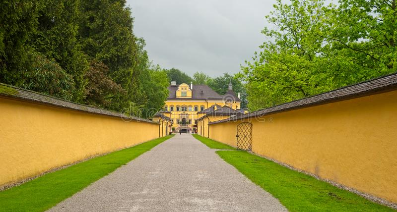 Long walk to Hellbrunn Palace royalty free stock photos