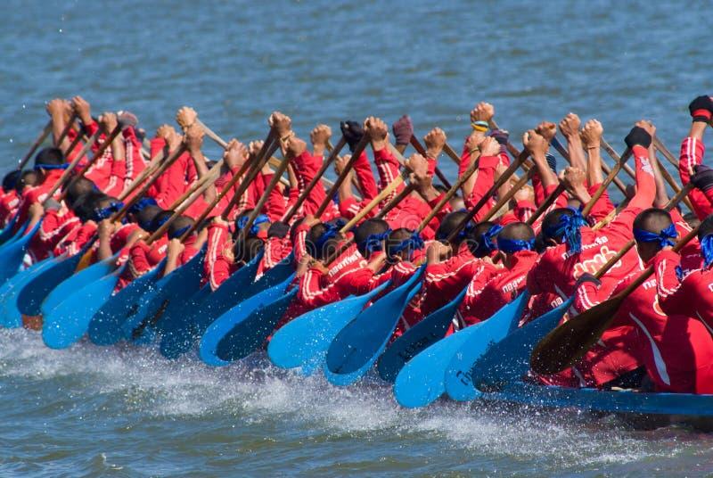 longboat pattaya участвуя в гонке Таиланд стоковое фото rf