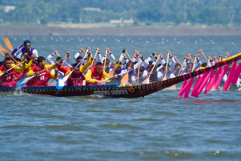Download Longboat Racing In Pattaya, Thailand Editorial Stock Image - Image of festival, pattaya: 11891489
