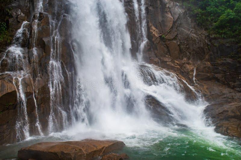 LongGui-Wasserfall stockbilder