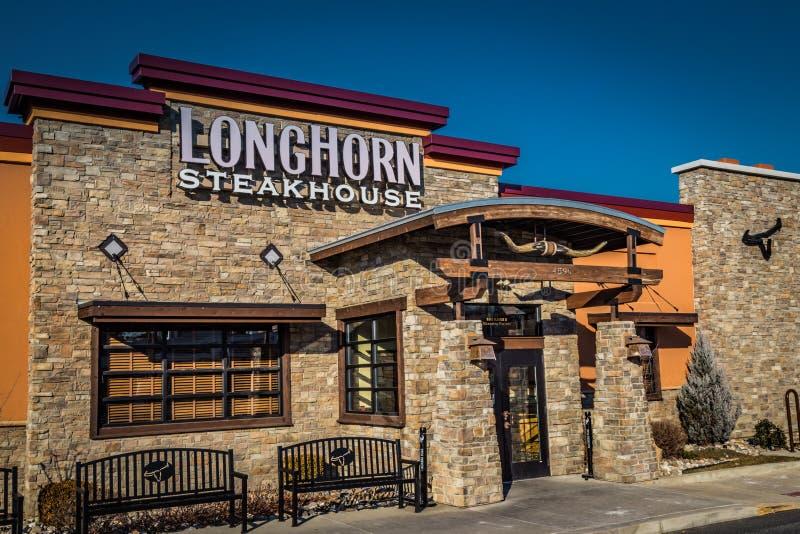 Longhorn-Steakhouse-Haupteingang lizenzfreie stockfotografie