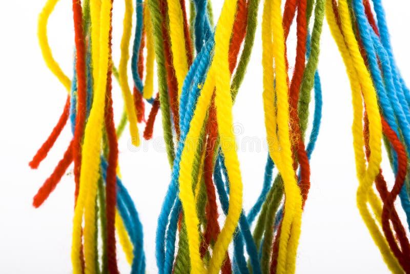 Longitudes coloridas de lanas foto de archivo libre de regalías