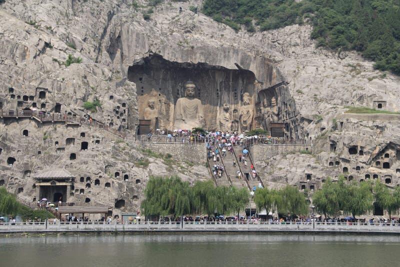Longmen grottor i det Luoyang, Henan landskapet, Kina parkerar arkivfoto