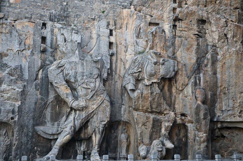 Longmen höhlt Luoyang aus lizenzfreie stockfotos