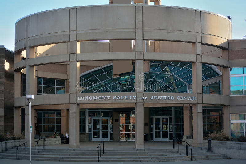 Longmont, sécurité et juge Center Law Enforcement Bui du Colorado image libre de droits