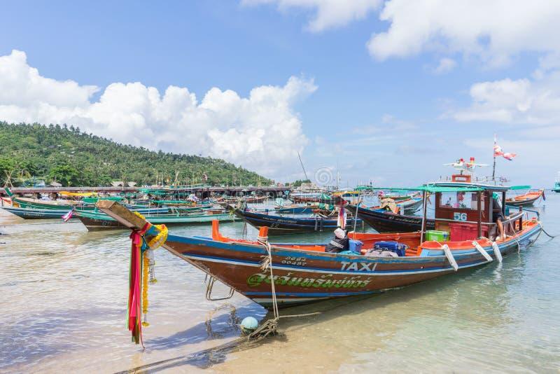 Longtail-Boot bei Koh Tao, Thailand stockfotografie