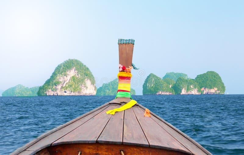 Longtail, el barco tailandés tradicional foto de archivo