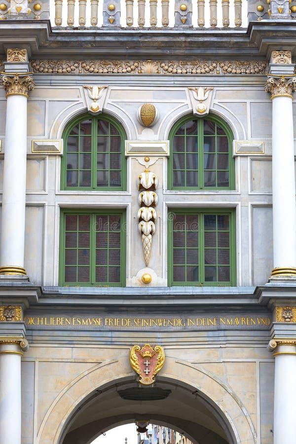 Longue porte de rue de Golden Gate du 17ème siècle, façade décorative, Danzig, Pologne image stock