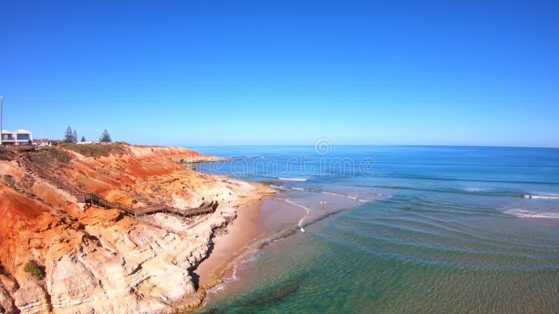 Longueur a?rienne de l'estuaire du sud de rivi?re de Southport Onkaparinga d'Australien image stock