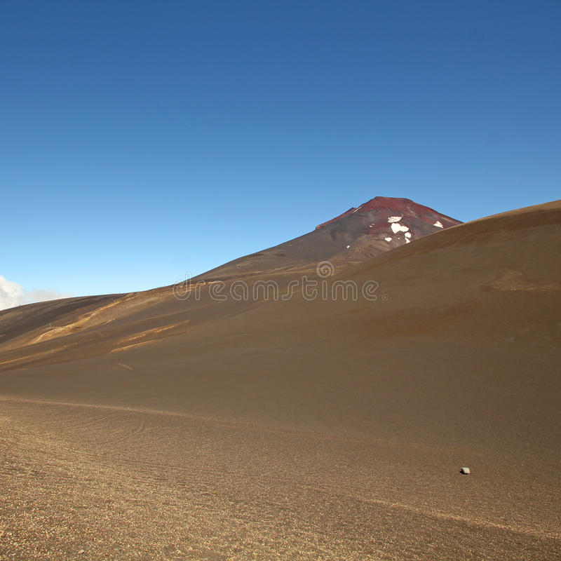 Lonquimay och tolhuacavulkan, Chile royaltyfria bilder