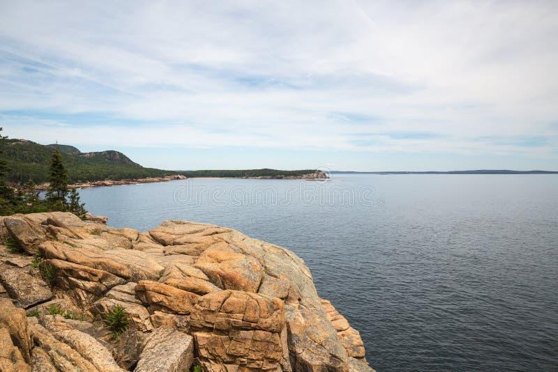 Lontra Cliff Overlook no parque nacional do Acadia no nacional do Acadia imagem de stock
