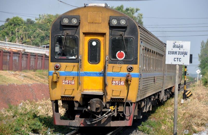 Download Lop Buri, Thailand: Thai Railways Train Editorial Stock Photo - Image: 18045693