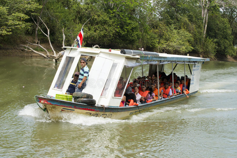 Lopp för taxi för flodvatten i Costa Rica arkivbilder