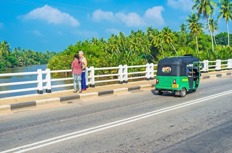 Lopp på tuktuk arkivbild