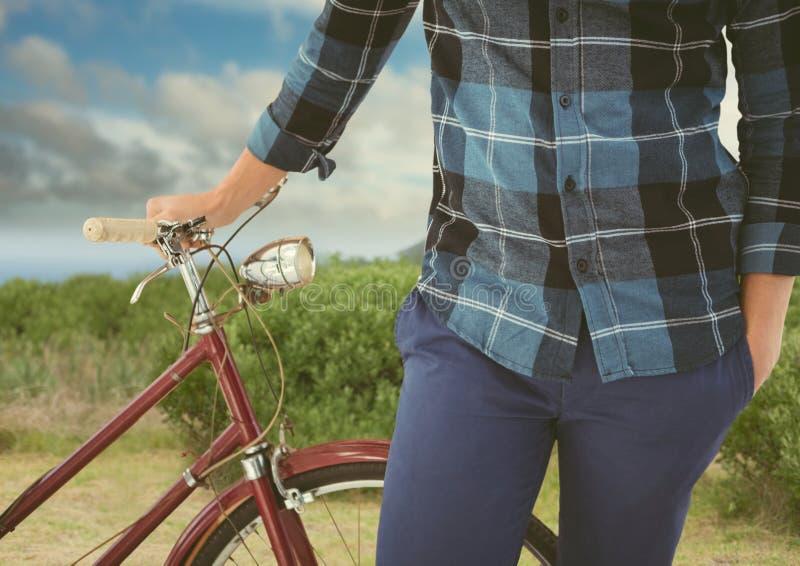 loppberg med cykeln royaltyfri fotografi