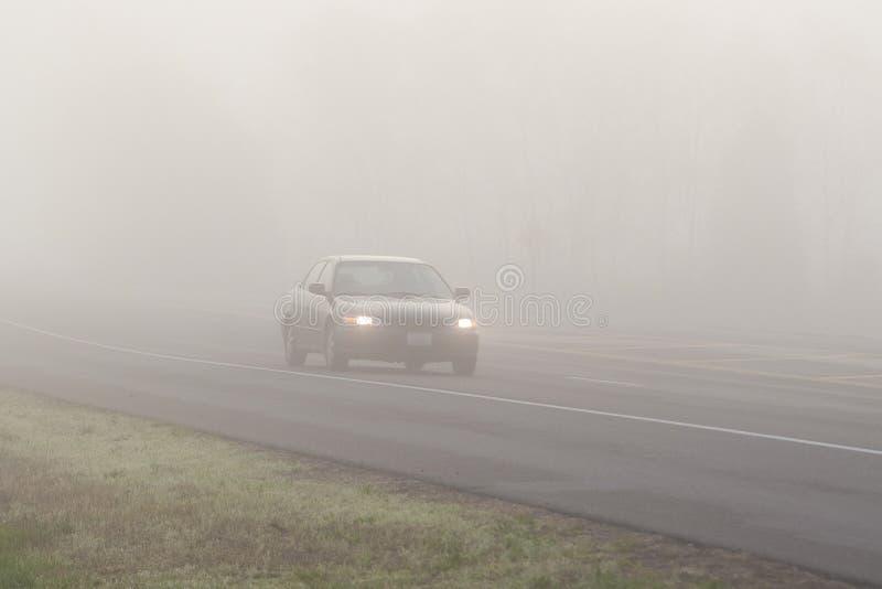 Download Loppväder arkivfoto. Bild av dimma, synlighet, dimmigt - 19782918