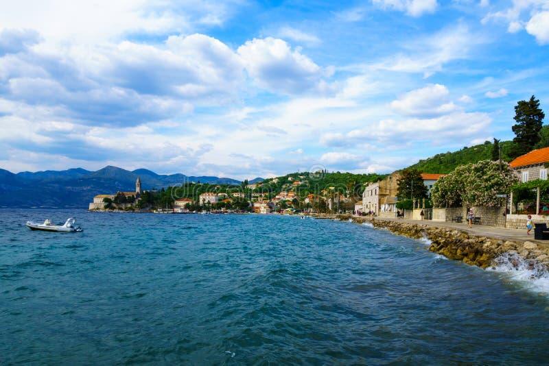 Lopud strand och port royaltyfria bilder