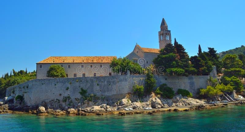 Lopud wyspy franciscan monaster blisko quay obraz stock