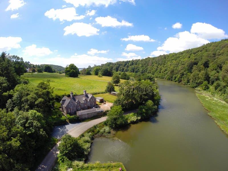 Lopwell水坝Dartmoor河tavy德文郡英国 库存图片
