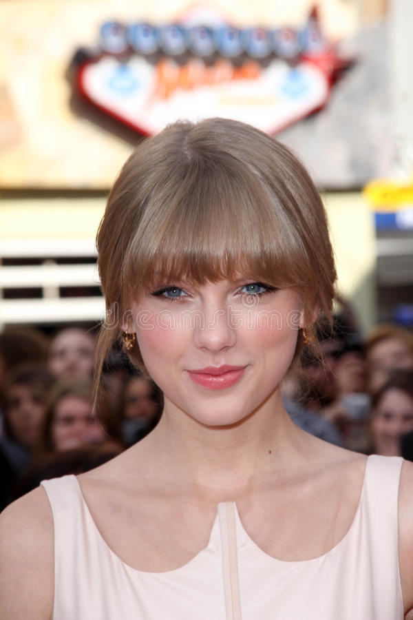 Download The Lorax, Taylor Swift editorial image. Image of premiere - 23474690
