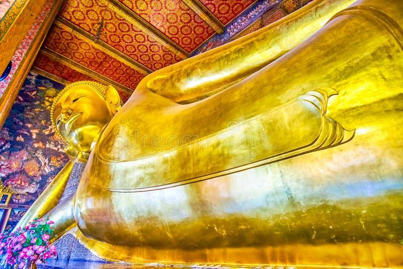 Lord Buddha in nirvana, Wat Pho-tempel, Bangkok, Thailand royalty-vrije stock foto's