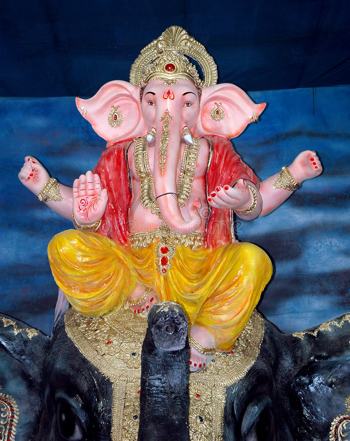 Free Lord Ganesha On An Elephant Royalty Free Stock Photography - 6086487