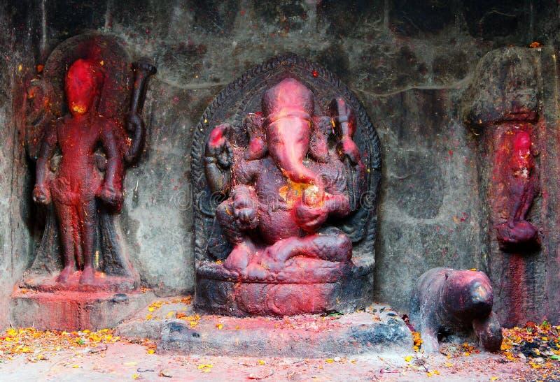 Lord Ganesha pintado vermelho fotografia de stock
