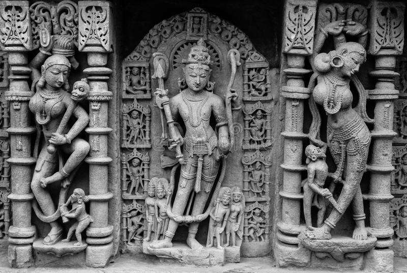 Lord Vishnu-beeldhouwwerk bij Patan-stap goed stock afbeelding