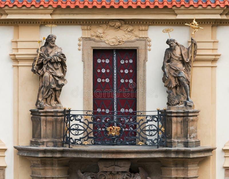 Loreta in Praag Balkon over de belangrijkste ingang stock fotografie