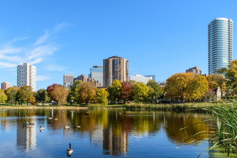 Loring公园在秋天 免版税库存图片