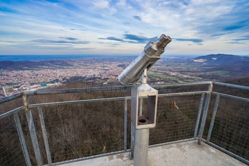 Lornetki na Bukulja górze zdjęcie stock
