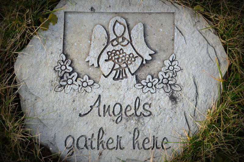 Los ángeles recolectan aquí la piedra fotos de archivo