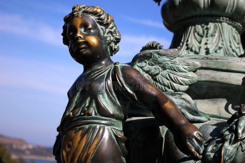 Los ángeles viven no sólo en cielo fotos de archivo